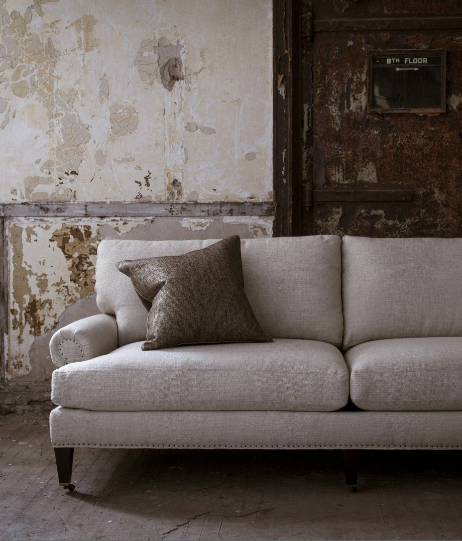 howard sofa falling for this Pinterest Living rooms, Furniture upholstery and Walnut wood