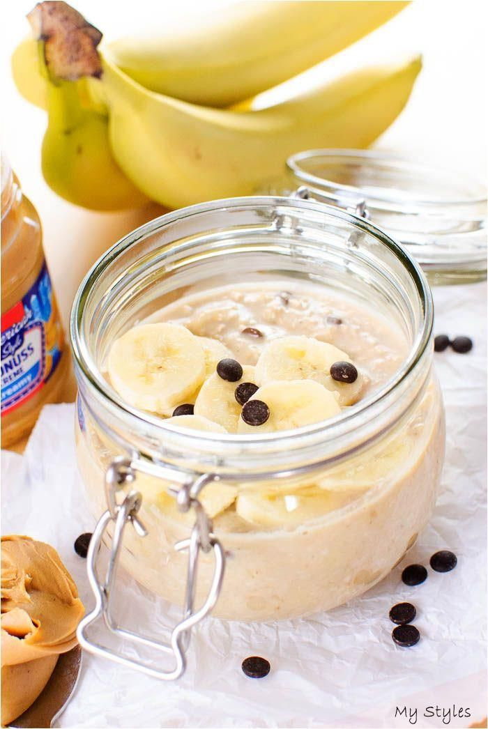 Banana peanut butter overnight oats with chocolate chips #fitness #motivation