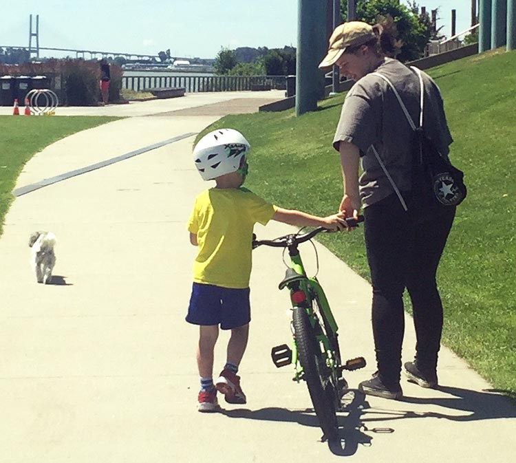 9 Simple Steps To Teach A Child To Ride A Bike With Images