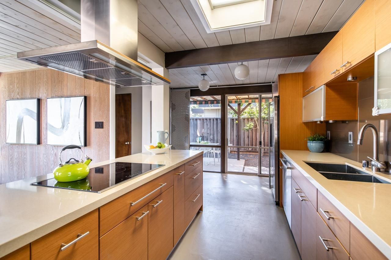 936 Olympus Ct, SUNNYVALE, CA 94087   Kitchen cabinets ...