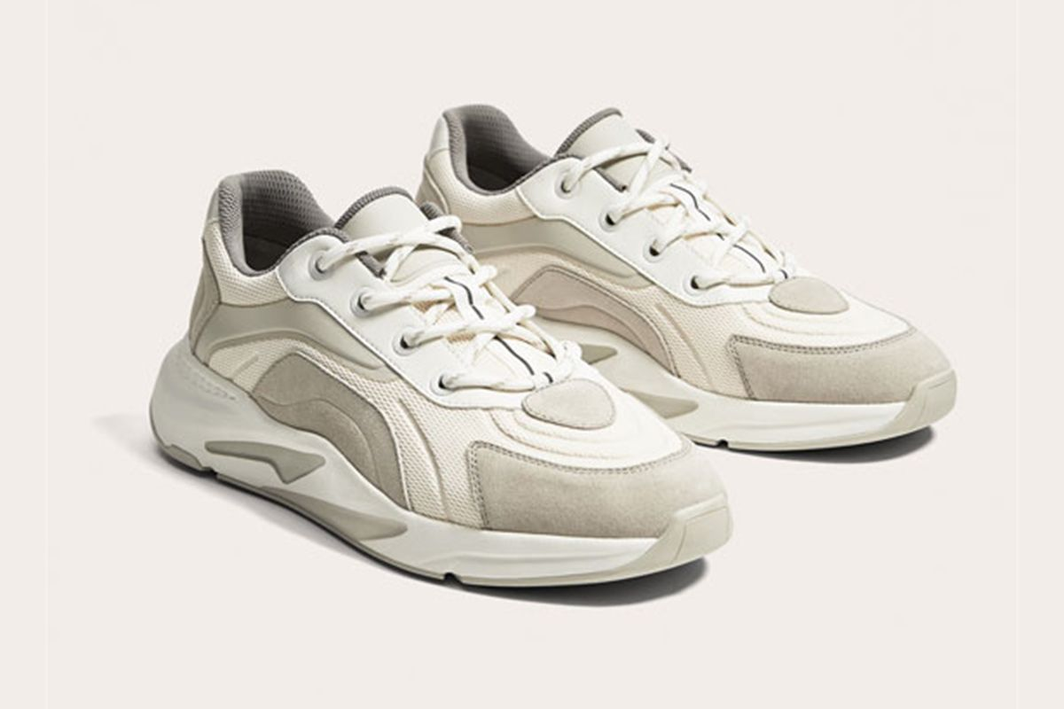 finest selection c172b 16c77 Zara Just Dropped an Affordable Version of the Wave Runner ...