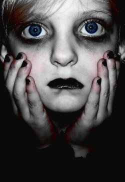 ZipperFace: Five Horrifying Halloween Makeup Tutorials - Creepy ...