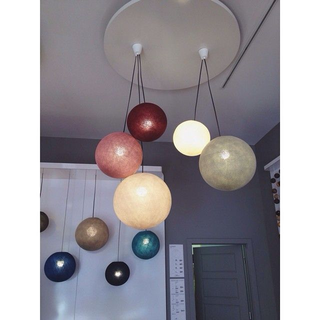 La case de cousin paul deco luminaires pinterest tuis et cousins for Luminaire multi suspension colore enfant
