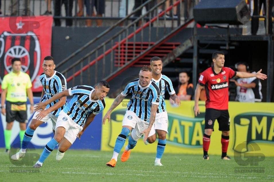 Pin by Grêmio Footbaal Portoalegrense on Grêmio Campeão Gaúcho 2018 ... 86a7704efc344
