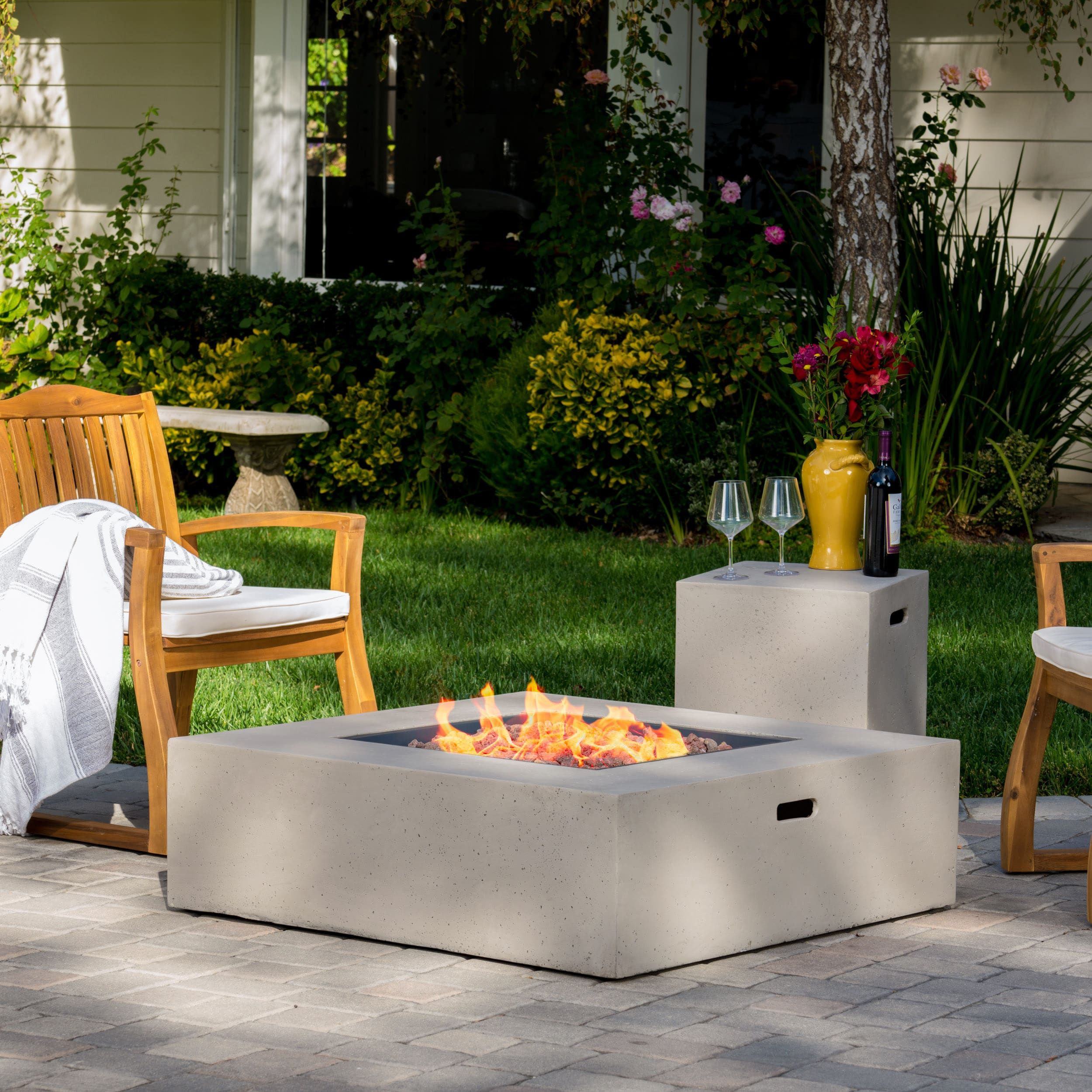 Santos Outdoor 40inch Square Propane Fire Pit Table w