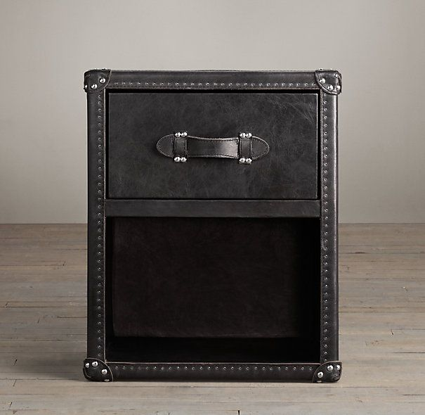 Mayfair steamer trunk 1 drawer cube nightstand 219 for Restoration hardware bedside tables