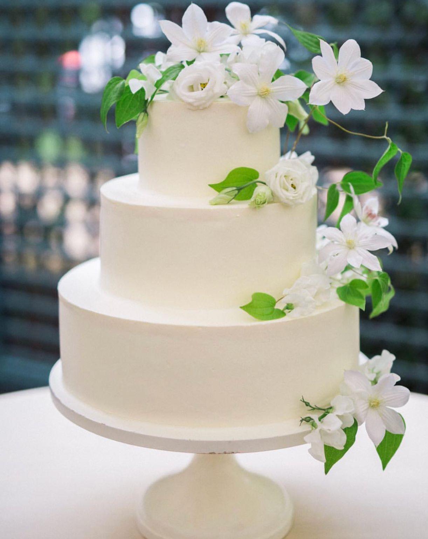 Spring white wedding cake with flowers cake by jennyus wedding