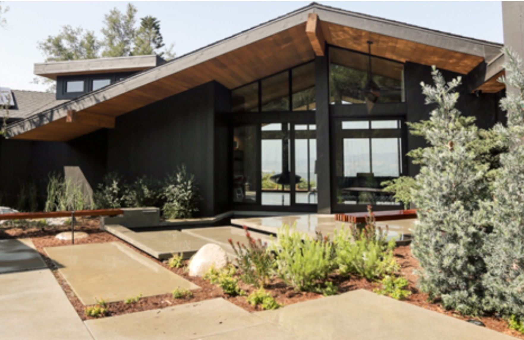 Landscaping is awesome jennie garth modern rustic homes midcentury modern modern farmhouse