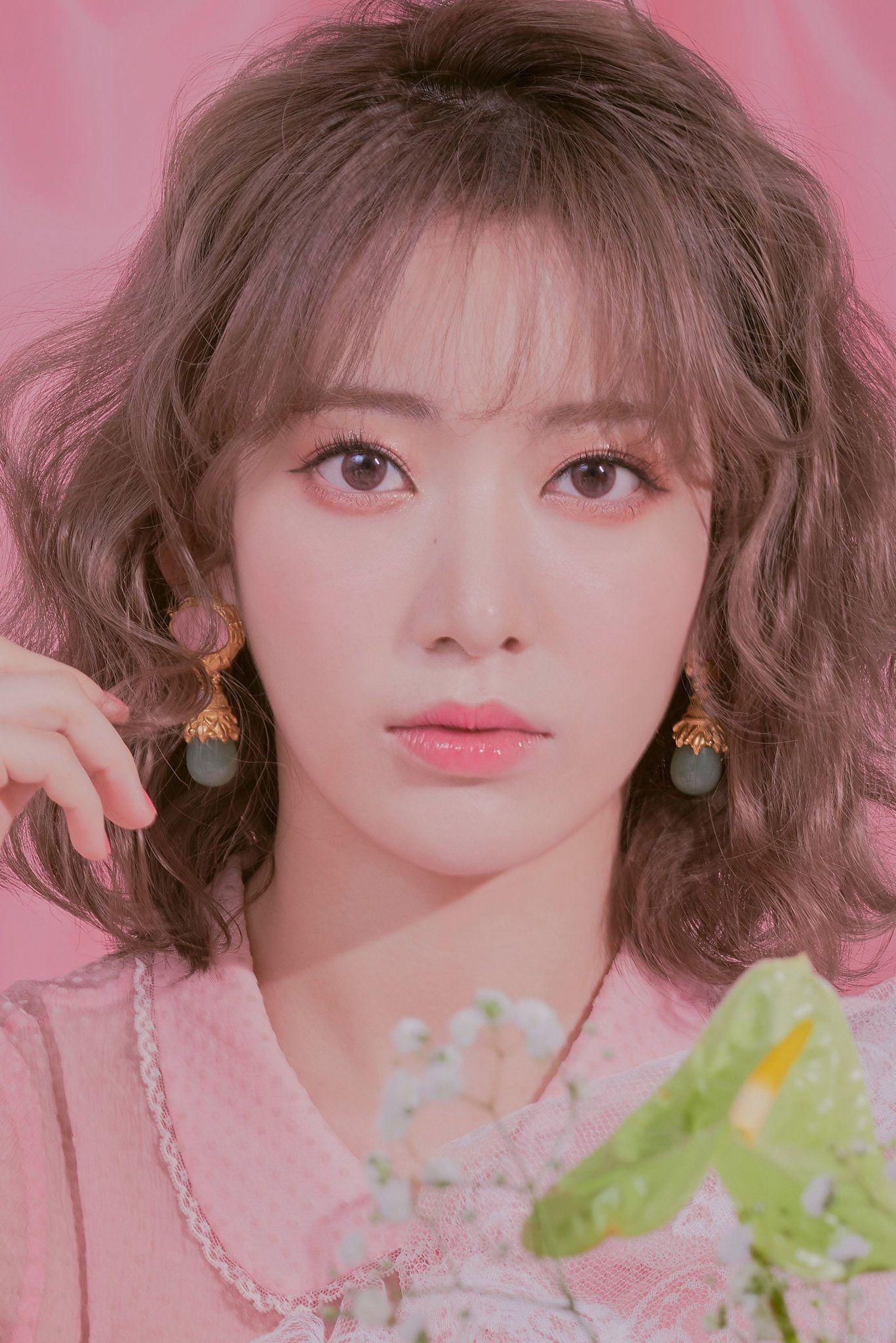 sakura #izone #kpop #scan #girl #cute #album #jpop   Nữ thần