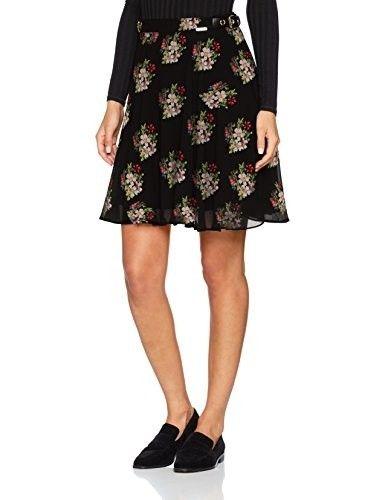 Falda estampada #faldas #moda #mujer #outfits  #faldasestampada #animalprint #faldasinvierno #style #shopping #fashion #modafemenina #faldanegra