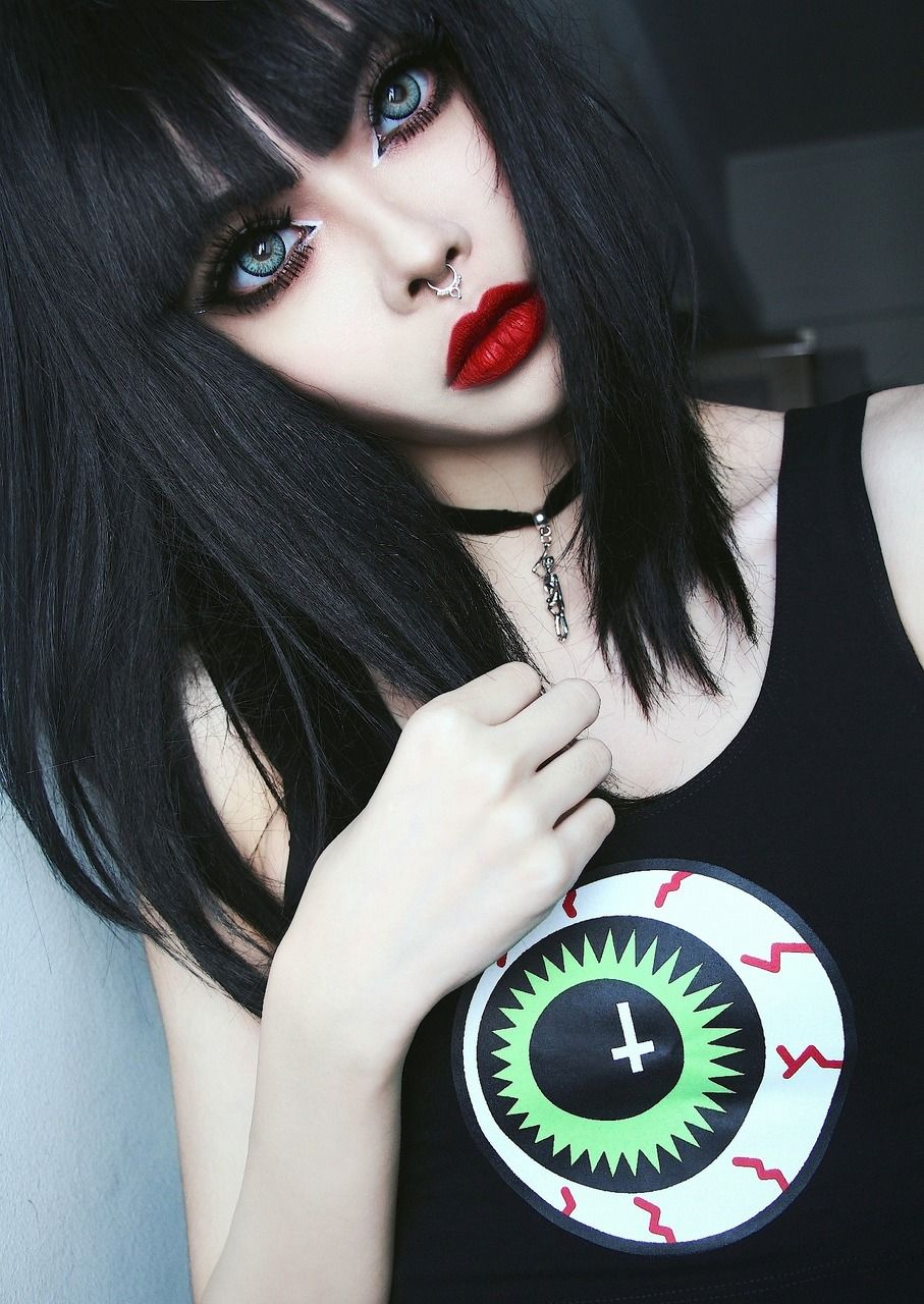 Tumblr o pinterest gothic gothic outfits and goth beauty