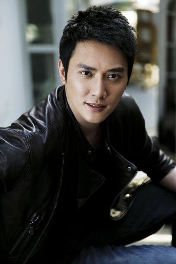 большом актеры китая мужчины фото дом