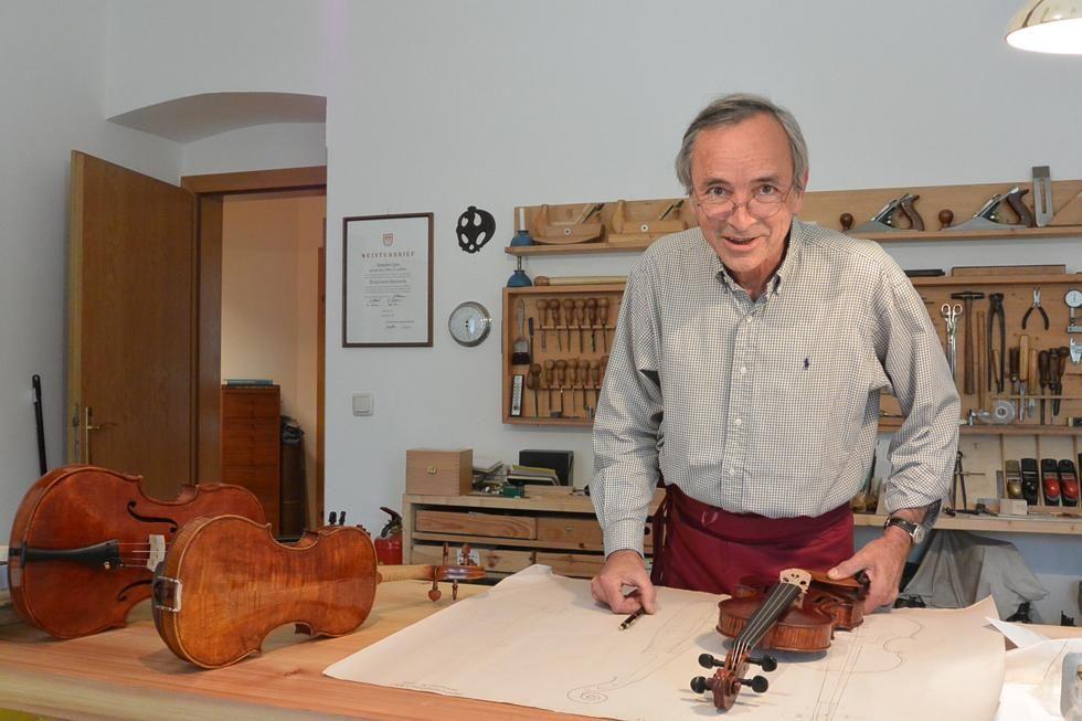 SEBASTIAN ZENS luthier