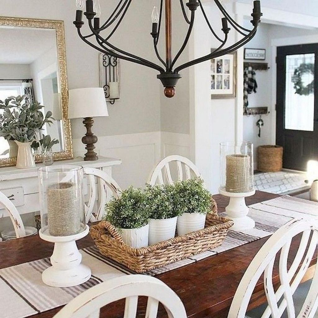 44 Affordable Farmhouse Dining Room Table Decorating Ideas - OMGHOMEDECOR