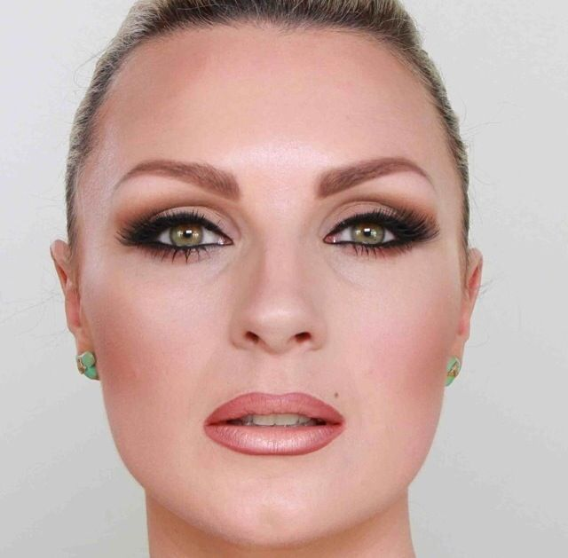 90 S Supermodel Makeup With Images 90s Makeup Tutorial 90s