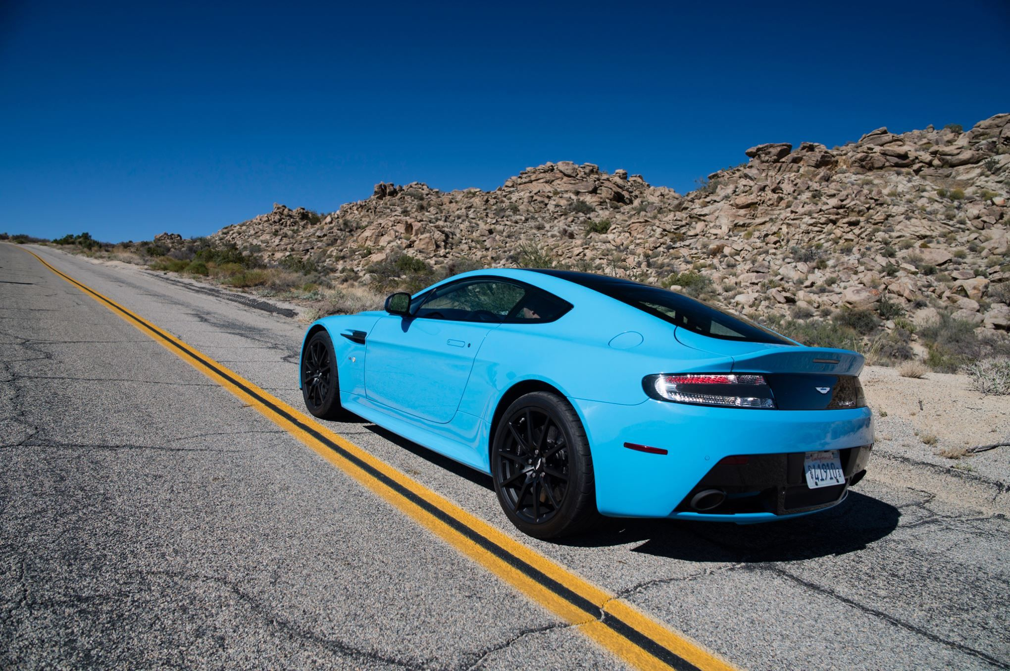 These 9 Cars Were Manual Only Until Recently Aston Martin Aston Martin Vanquish Aston Martin V12 Vantage