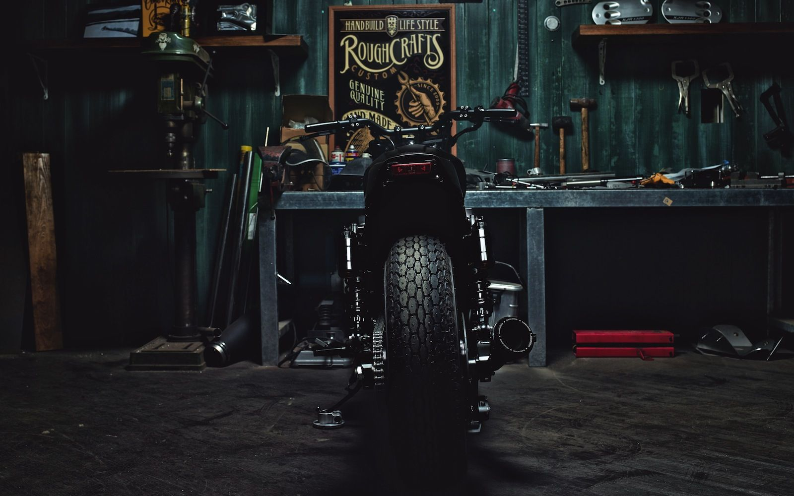 Winston Yeh's XJR1300 'Guerilla Four' by Rough Craft