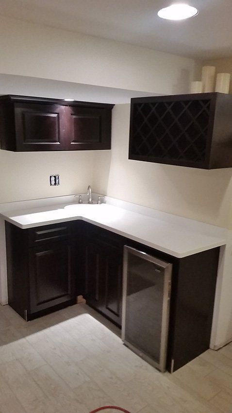 How To Install Kitchen Cabinet Hardware in 2020 ...