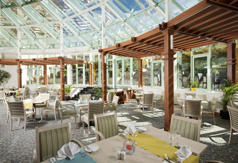 Dine. The giant skylight roof of our Greenville Restaurant at the #ParkInn #Sofia gives diners a dramatic view.