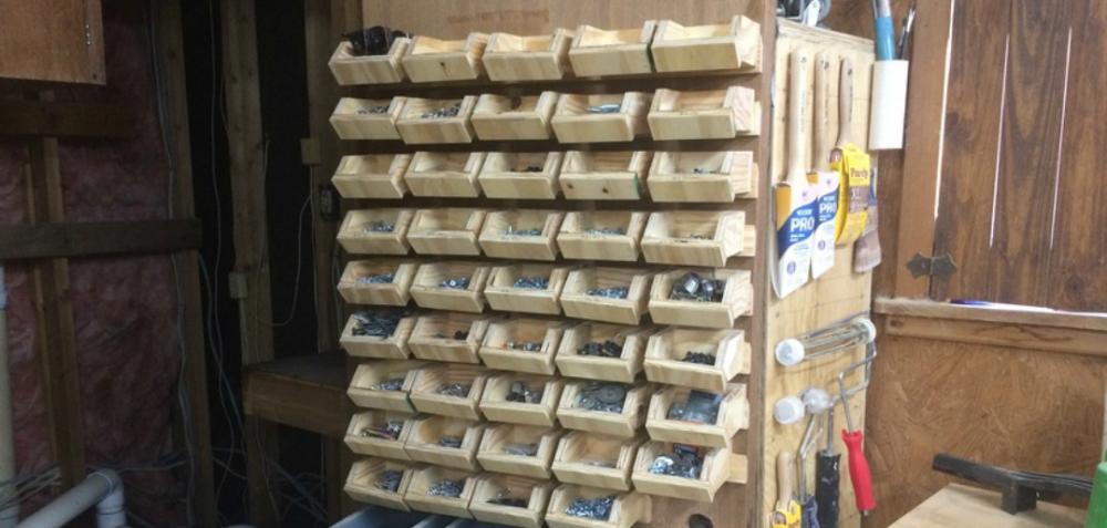 DIY Hardware Organizer - Organize Your Shop and Hardware #WoodworkingPlansBed