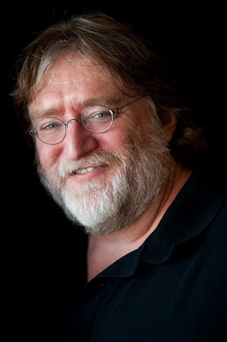 Gabe Newell Portrait Top Female Celebrities Anthony Michael Hall