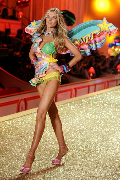 VS Fashion Show 2010