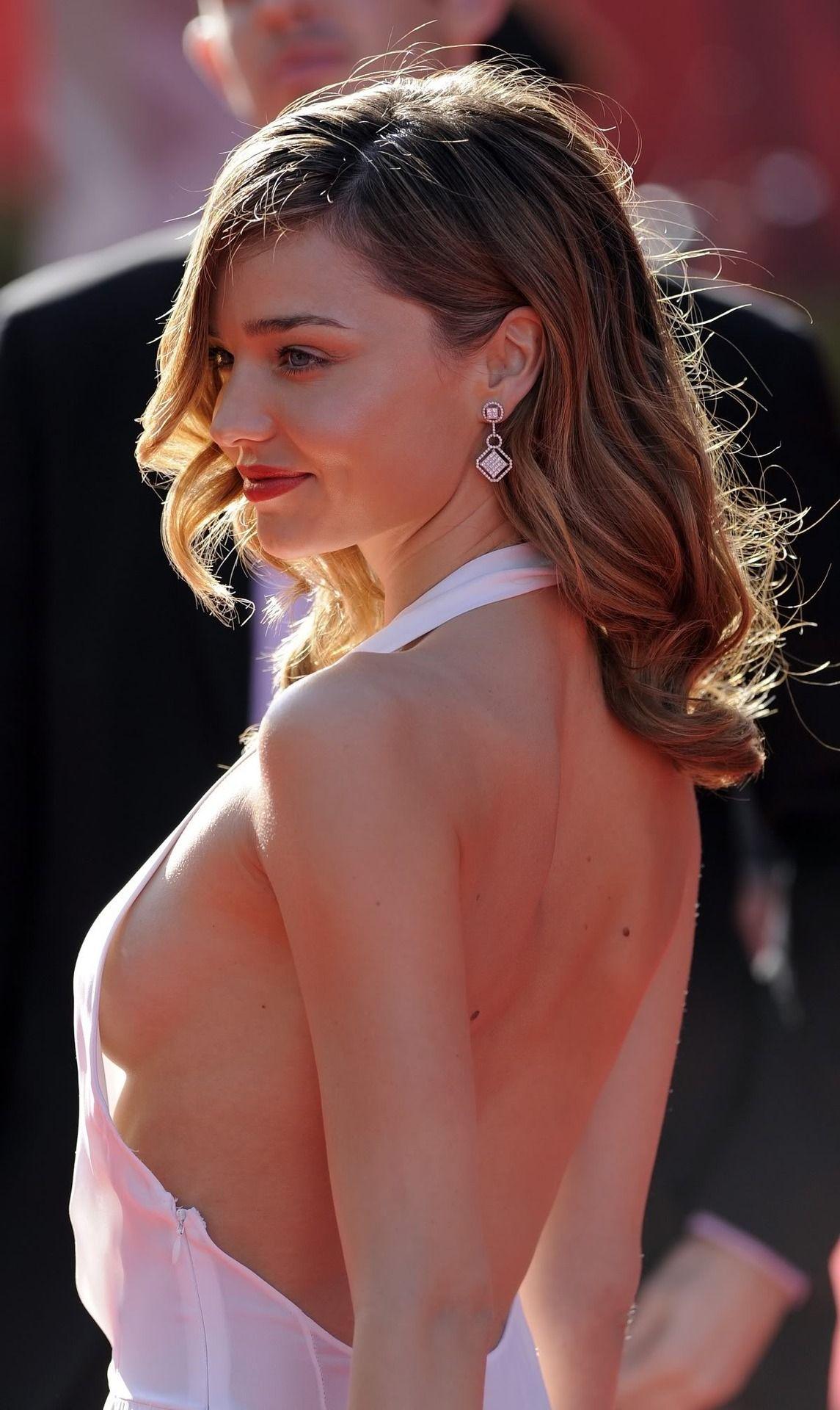 Sideboobs Miranda Kerr