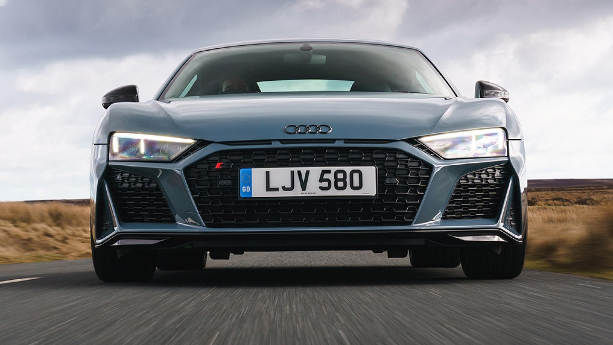 Audi r8 v10 performance review yes its all about that