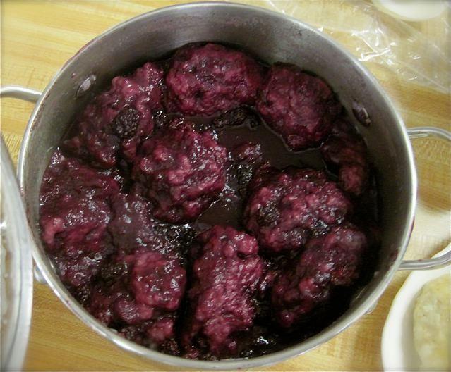 Blackberry Dumplings      1 quart fresh or frozen blackberries, rinsed  1 cup water  1 cup sugar  1/2 teaspoon salt  1/2 teaspoon lemon extract    Dumplings  1 1/2 cups flour  2 teaspoons baking powder  1 tablespoon sugar  1/4 teaspoon salt  1/4 teaspoon nutmeg  2/3 cup milk  Directions:  Mix berries, water, 1 cup sugar, 1/4 t salt and lemon in large, wide saucepan. Bring to a boil. Reduce heat and simmer 5 minutes.