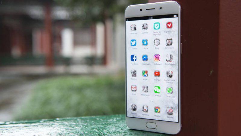 Oppo y Huawei ganan mercado en 2016 La batalla por el mercado chino de los móviles, el mayor del mundo, tuvo como grandes ganadores de 2016 a dos marcas nacionales: Huawei, líder en ventas, y Oppo, la gran revelación en el sector, según se desprende del estudio publicado esta semana por la firma de análisis de mercados... http://wp.me/p6HjOv-2Zy ConstruyenPais.com