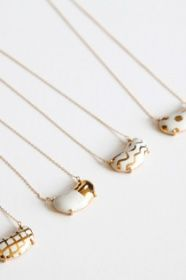 cute handmade ceramic pendant necklace with gold detail bohem(ボヘム) 中囿義光×bohemセラミックネックレス