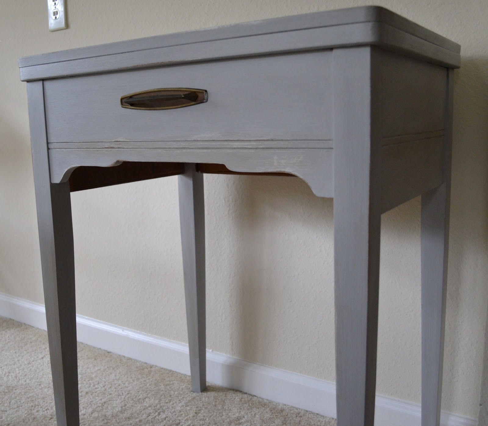 Best Small Side Table In Annie Sloan Chalk Paint Paris Grey 640 x 480