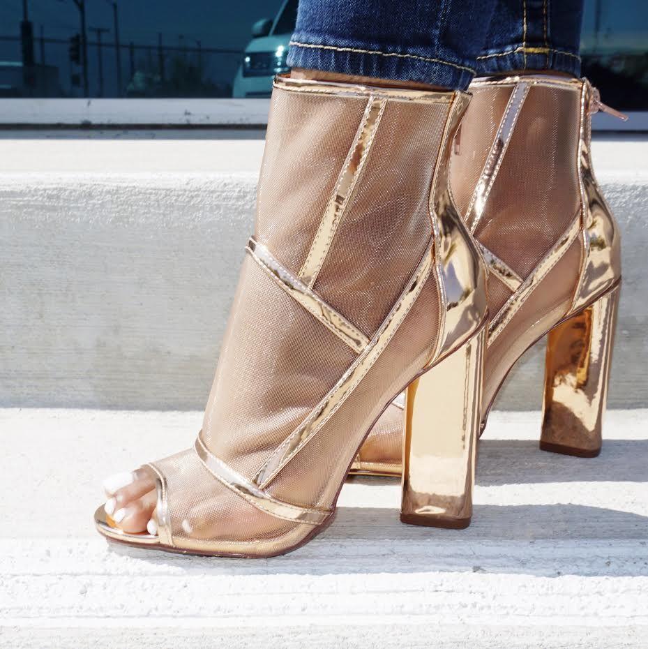 cab5b35b80a Pin by AMIClubwear on Rose gold heels