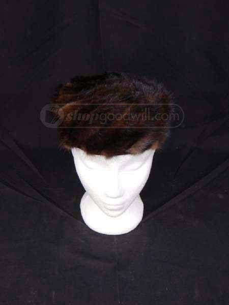 Mink Fur Beret Style Hat - http://www.minkfur.net/mink-fur-beret-style-hat.html