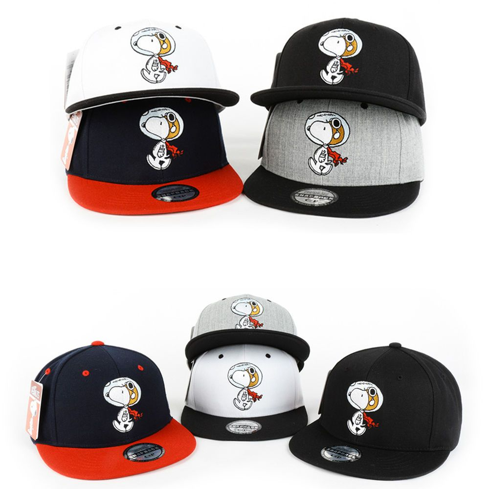 b617e4ac810 Unisex Authentic Peanuts Snoopy Spaceman Embroidered Baseball Caps Hats  Snapback  hellobincom  BaseballCapHats
