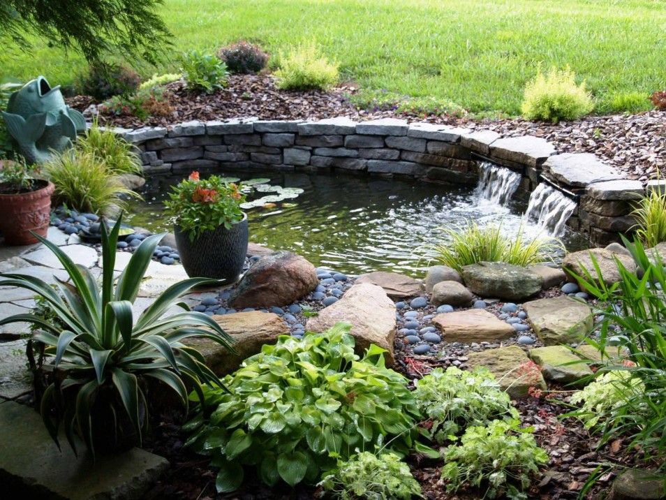 Pretty And Small Backyard Fish Pond Ideas At Decor Landscape Garden Pond Design Backyard Fish