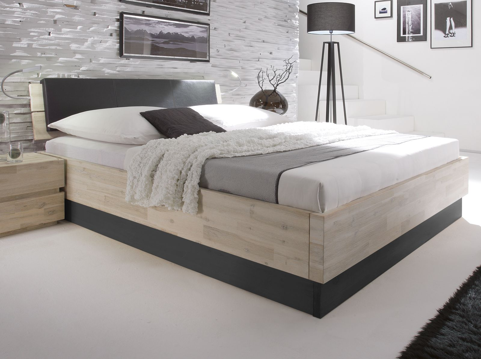 doppelbett imperia aus wei gebeizter akazie. Black Bedroom Furniture Sets. Home Design Ideas