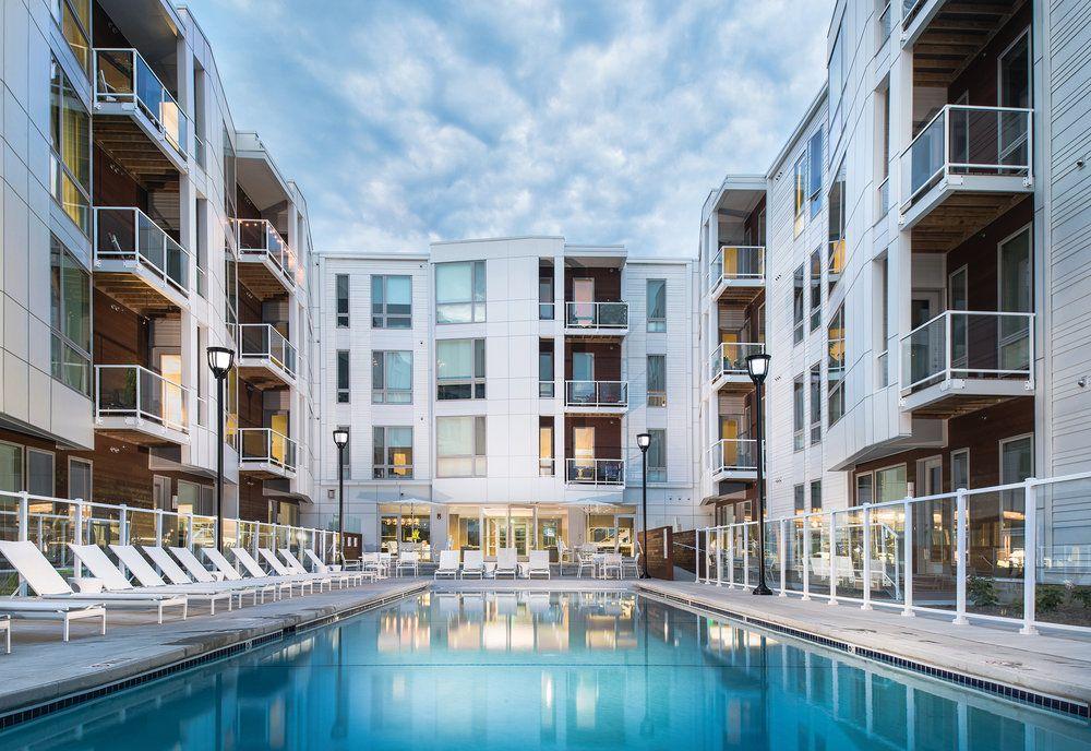 Emerald Row Apartments Architect Building Companies Outdoor Balcony