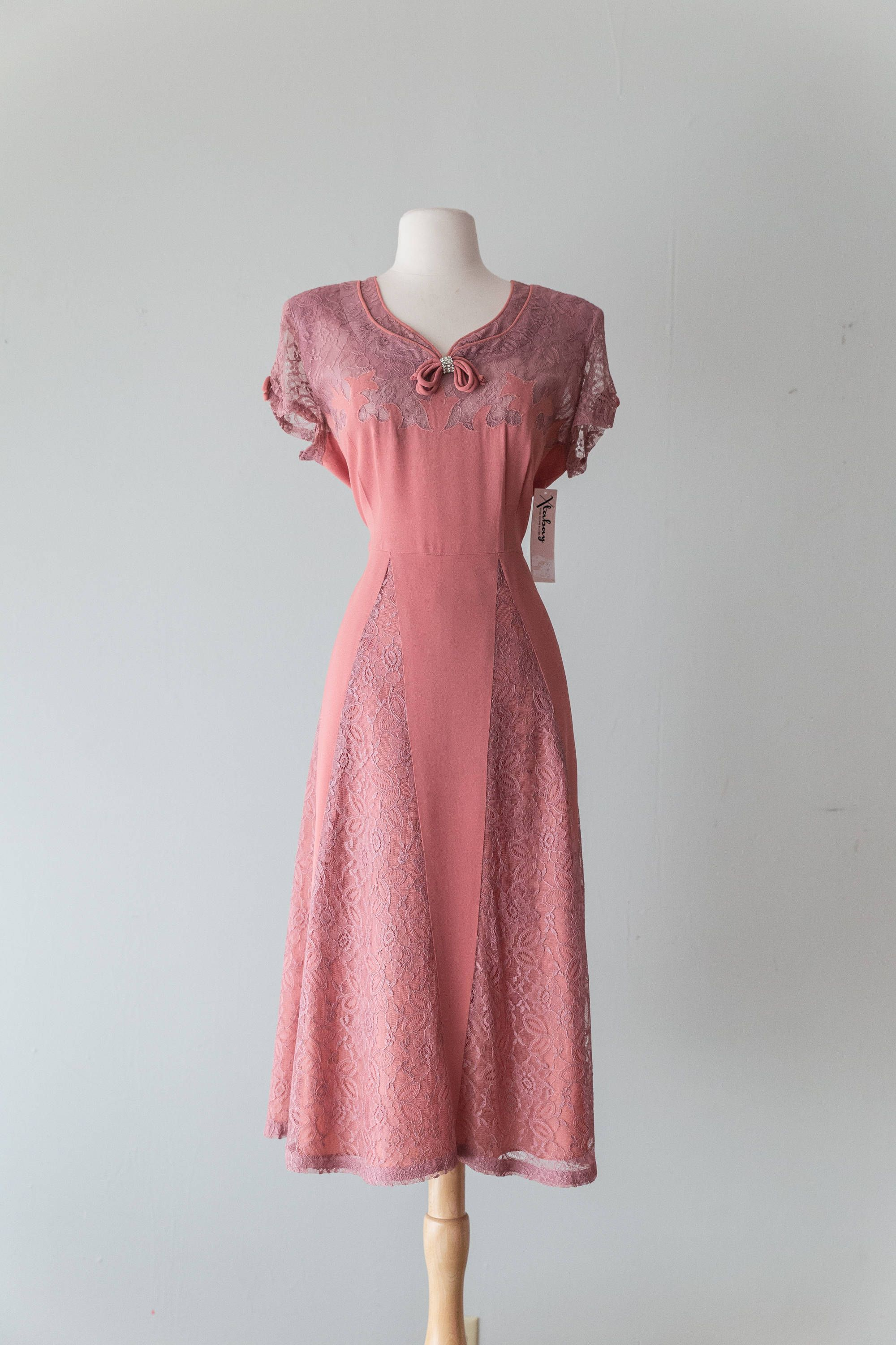 Vintage 1940s Dress - Late 40s Dusty Rose Rayon Cocktail Dress With ...
