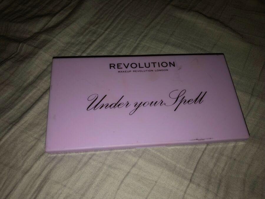 Revolution Eyeshadow Palettes Soph Xo Creative Choc Bar