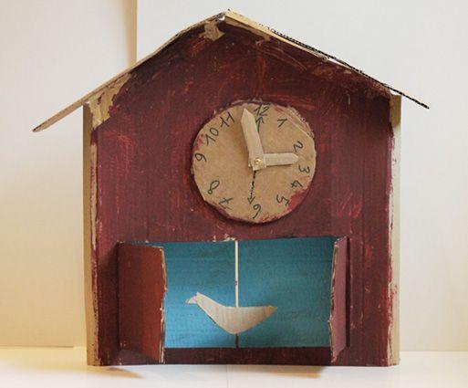 child 39 s cardboard cuckoo clock atelier pour enfants kids crafts by kids atelier enfant. Black Bedroom Furniture Sets. Home Design Ideas