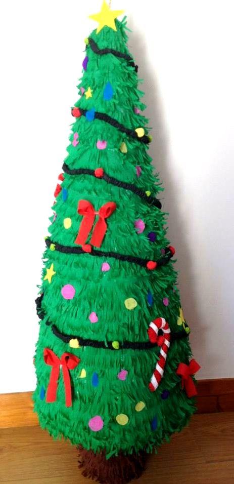Piñata Pino Navidad - Pinata Sapin Noël by Pinatas en France | Nos ...