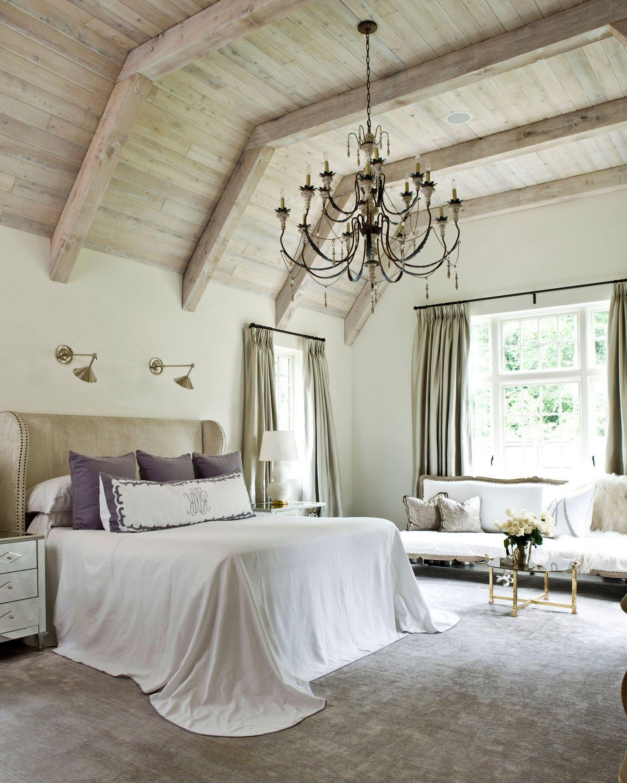 10 Ways To Decorate Your Room According To Your Personality Type 2 Interior Design En 2020 Techos De Madera Dormitorio Grande Disenos De Dormitorios