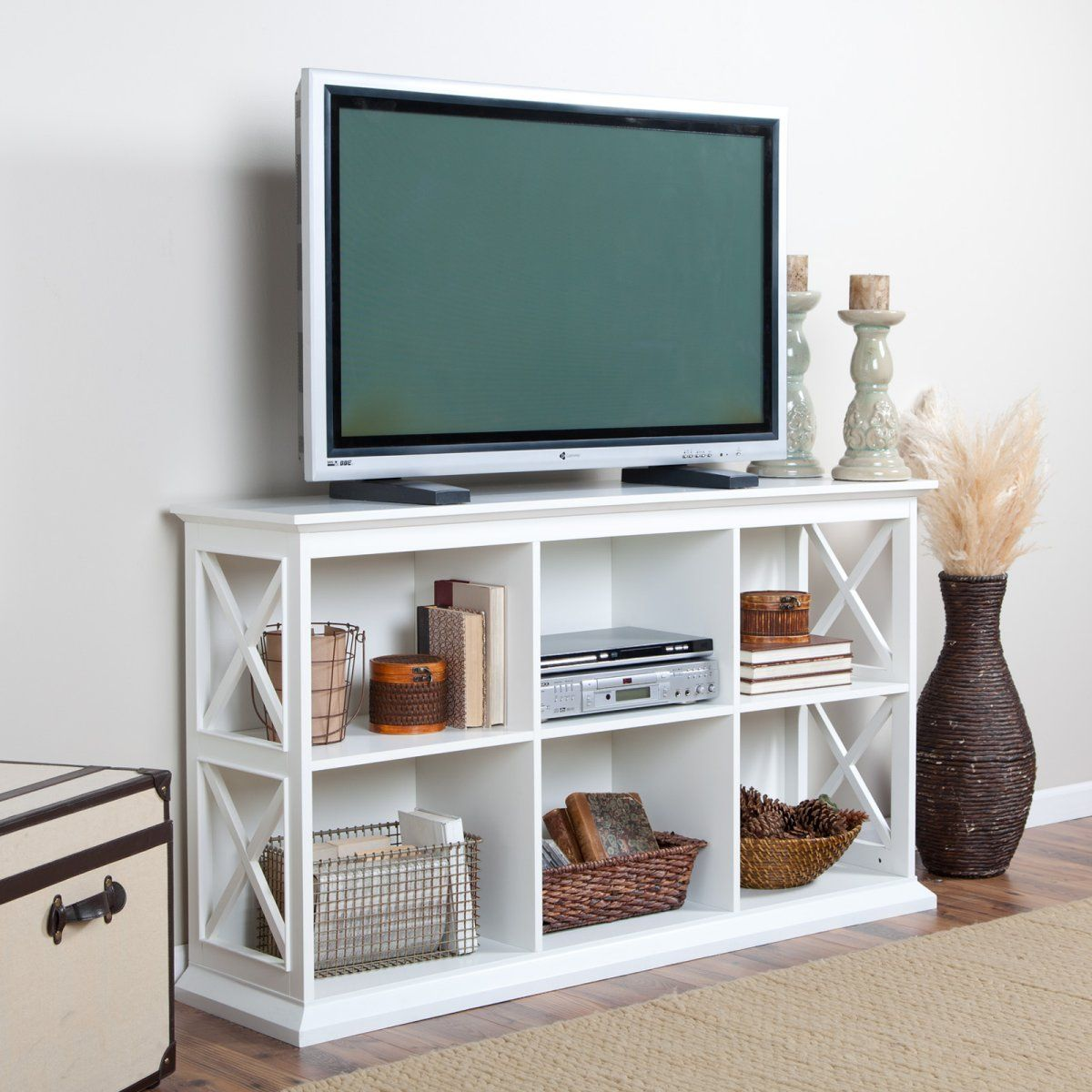 The Hampton Tv Console White Family Room For A Busy Family  # Meuble Tv Alpha