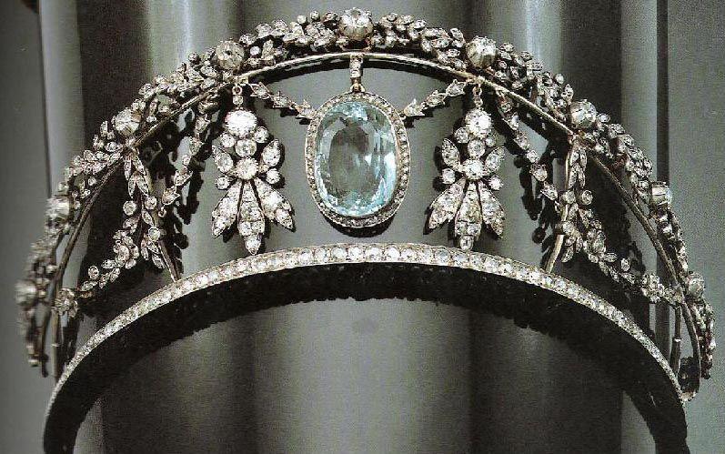A kokoshnik and garland style 19th century Aquamarine tiara which featured in one of Harrod's January tiara sale.