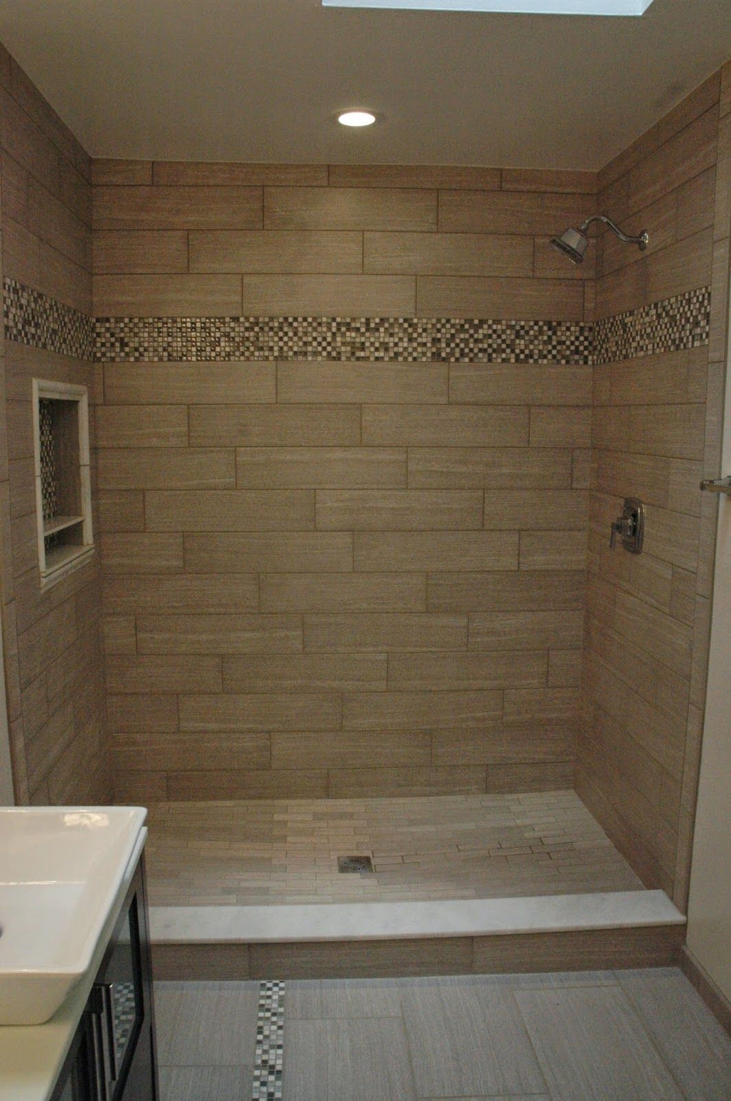Charmant Custom Tile Showers, Bathroom Design, Renovations U0026 Flooring: Modern  Bathrom Remodel