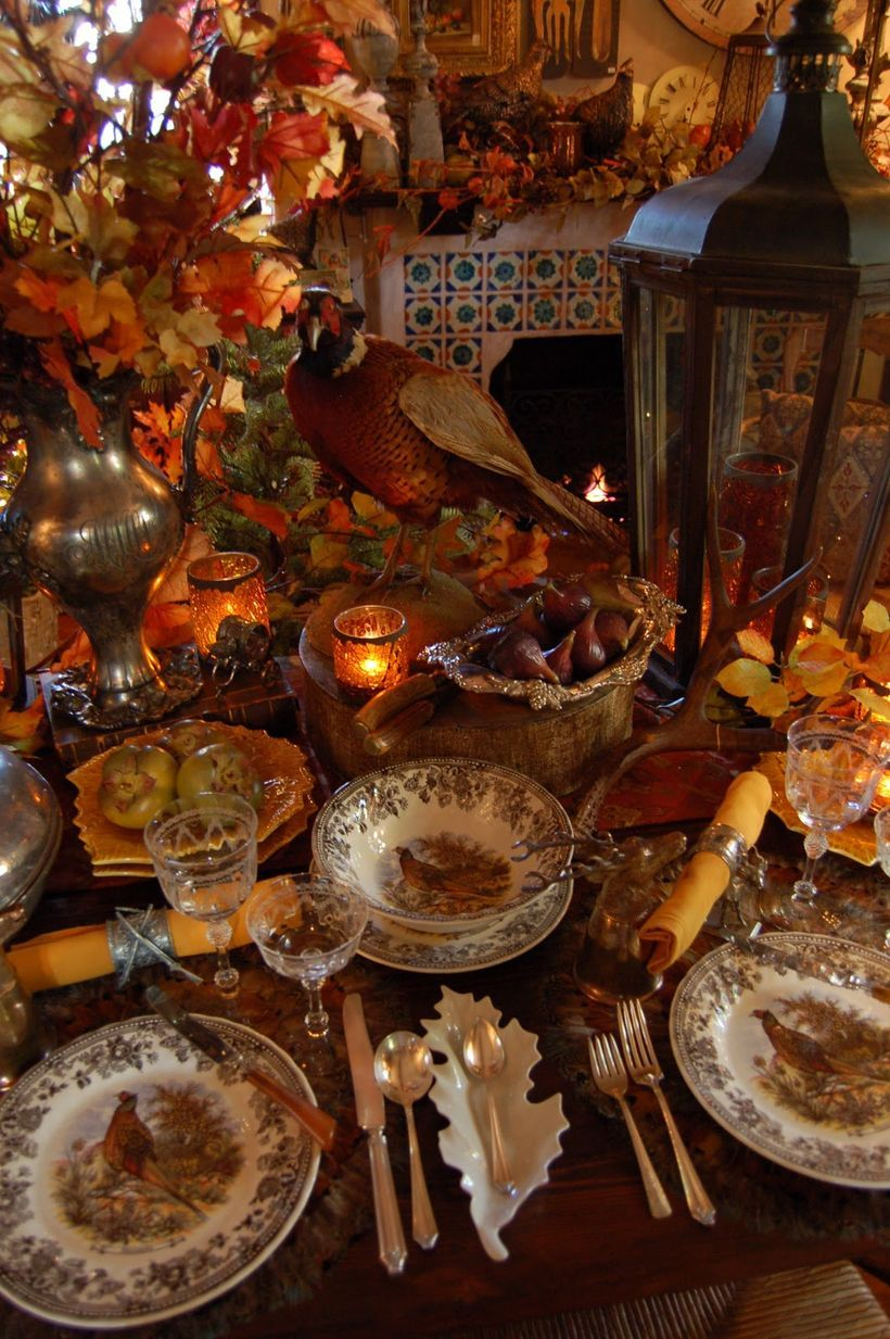 Most Trending Fall Home Decorating Ideas In 2017 That You Must See Thanksgiving Table Decorations Thanksgiving Table Settings Thanksgiving Dinner Table