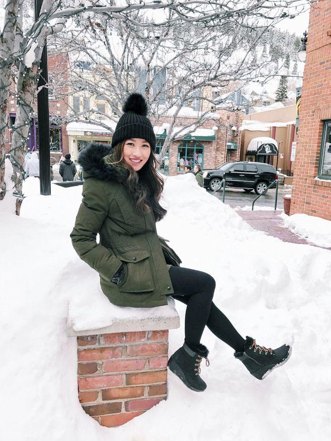 Sundance Style // Faux Fur Vest + Cozy Sweatshirt - Extra Petite #winteroutfitscold