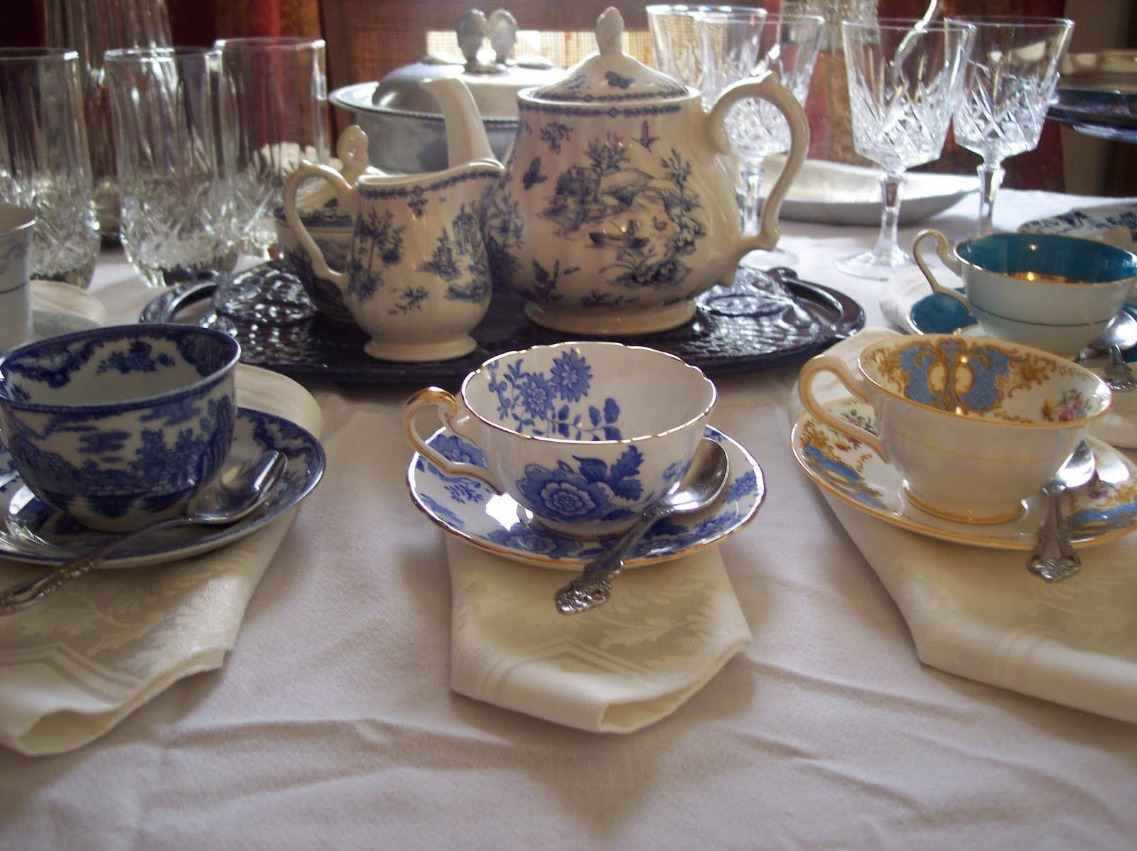 Victorian tea party - where can I find a blue and white teapot like this one here??