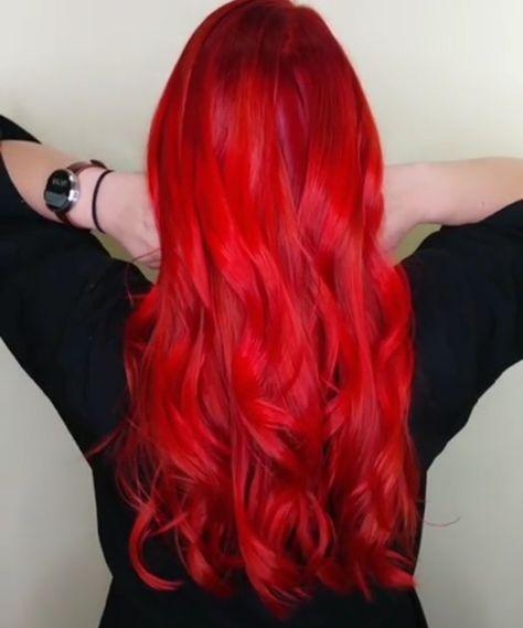 cheveux rouge vif finest teinture cheveux rouge vif with cheveux rouge vif excellent princesse. Black Bedroom Furniture Sets. Home Design Ideas